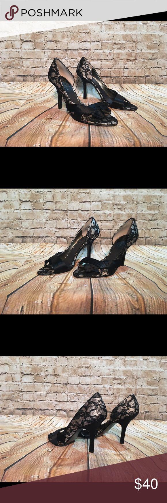 WOMEN'S NINE WEST HEELS SIZE 7.5M Lacy Stylish Heel. Nine West Size 7.5M Nine West Shoes Heels