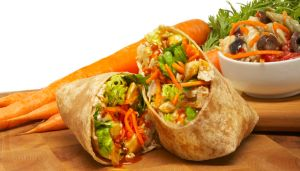 Sliced chicken breast, fresh romaine, slliced carrots, toasted sesame seeds and JB Peanut Sauce served on your choice of wrap.