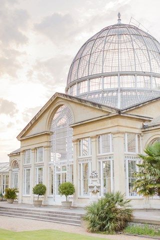 Real wedding: A botanical bonanza at Syon Park, Brentford | You & Your Wedding