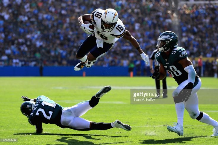Patrick Robinson #21 and Jordan Hicks #58 of the Philadelphia Eagles defend against Tyrell Williams #16 of the Los Angeles Chargers on a pass play during the first half of a game at StubHub Center on October 1, 2017 in Carson, California.