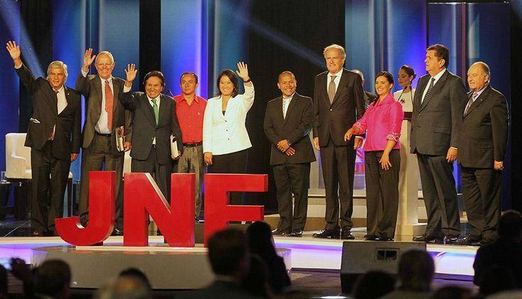Las elecciones 2016 han tenido un sinfín de emociones y momentos que tuvieron en vilo a los peruanos, debido, por ejemplo, a lo apretado de los resultados tanto en primera como en segunda vuelta, a la divulgación de encuestas verídicas y falsas en las redes sociales o los debates que protagonizaron los candidatos presidenciales.