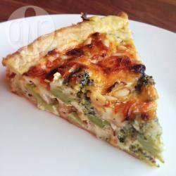 Hartige taart met broccoli en brie @ allrecipes.nl Vega recept, iets meer maken op de ovenbakplaat