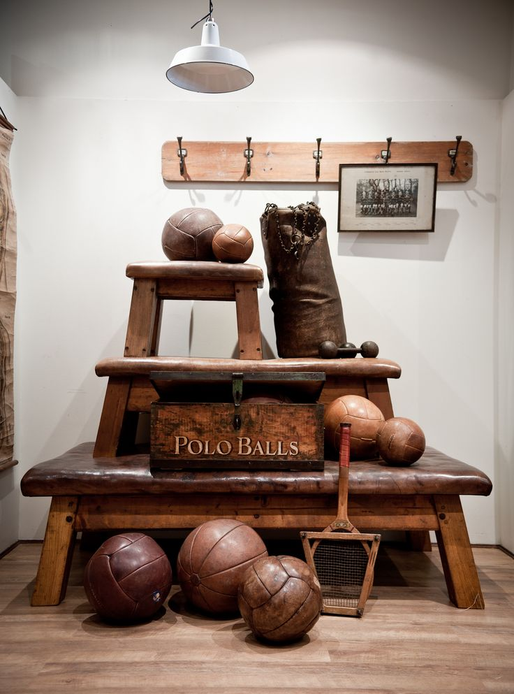 A Vintage Sporting Dream  http://quintessentialduckeggblue.com.au/object/polo-balls-pine-timber-box/
