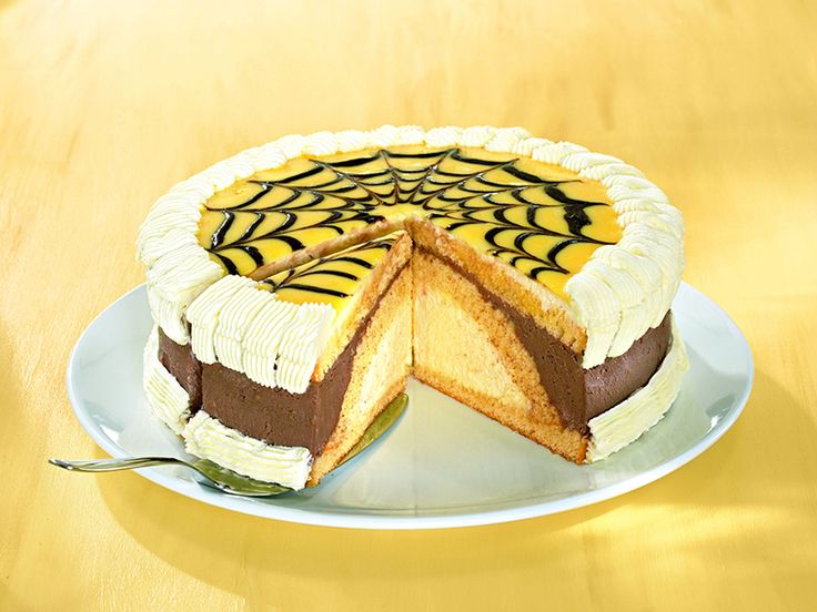 Mit Schokolade Auf Kuchen Malen Appetitlich Foto Blog