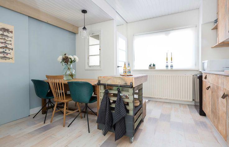 Vintage keuken bij Juliette en Vincent uit aflevering 2, seizoen 3 | Make-over door: Anke Helmich | Fotografie Barbara Kieboom