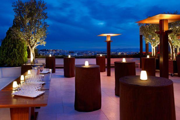 Gb roof garden restaurant bar at hotel grande bretagne for Apart hotel bretagne