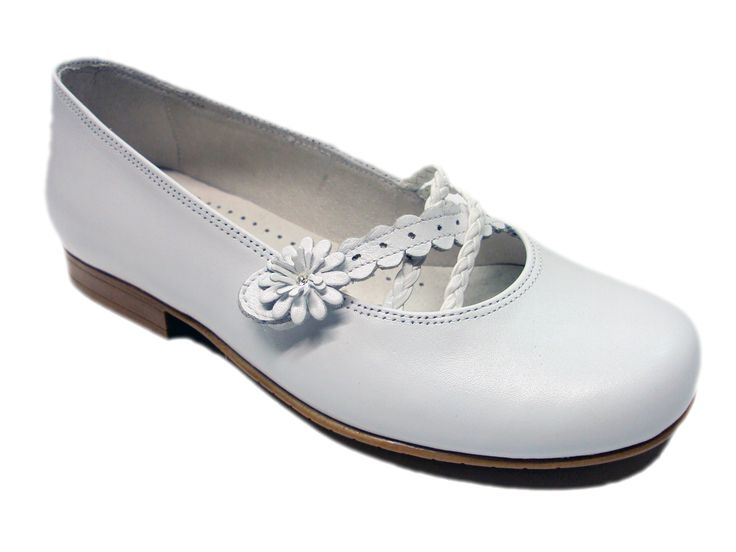 Zapatos de #Comunión para niña. Moda en #calzadoinfantil