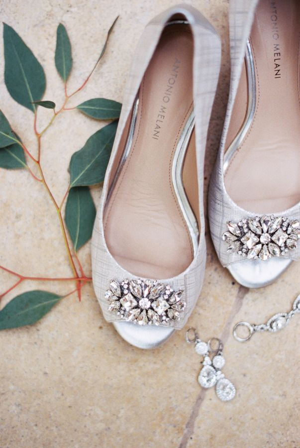 A little bling: http://www.stylemepretty.com/arizona-weddings/scottsdale/2015/07/29/intimate-desert-inspired-scottsdale-wedding/ | Photography: Charity Maurer - http://charitymaurerblog.com/