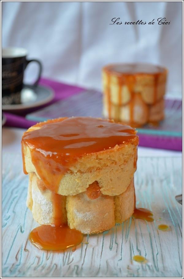 Mini charlottes à la pomme et son coulis au caramel au beurre salé