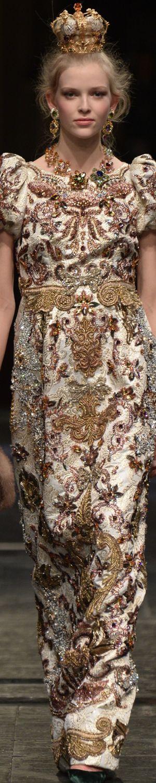 RosamariaGFrangini | HauteCouture | MasqueradeAuChateau | Dolce&Gabbana Alta Moda S/S 2016