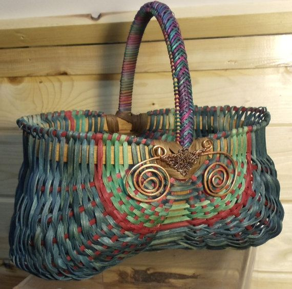 Items similar to Hand woven OVAL EGG BASKET, Braided handle,  bigger basket bling, Appalachian, traditional design, J Choate Basketry on Etsy