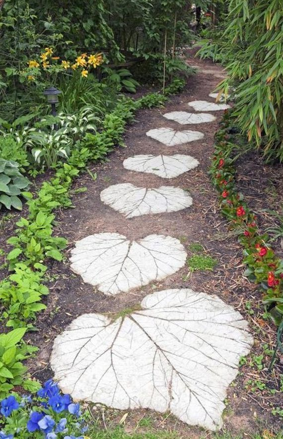 fantastic idea for landscaping with steps in leaf form