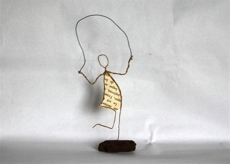 Figurines décoratives, Fillette à la corde à sauter est une création orginale de Epistyle sur DaWanda
