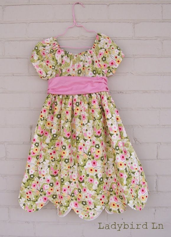 At Second Street: Guest Post: Scallops by Carlee of Ladybird Ln.  Tutorial on how to make hem - sew this adorable dress with the scalloped hem, or add this hem to a favorite pattern of your own.