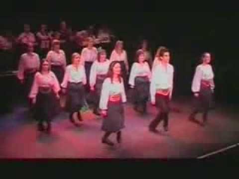"www.festivalsdusud.com - 2009 - Irlande - Ensemble folklorique ""Absolutely Legless"" - YouTube"