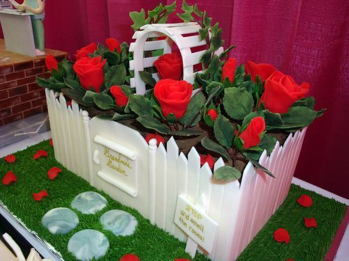 Rose Garden Creations: AMAZING CAKE CREATIONS