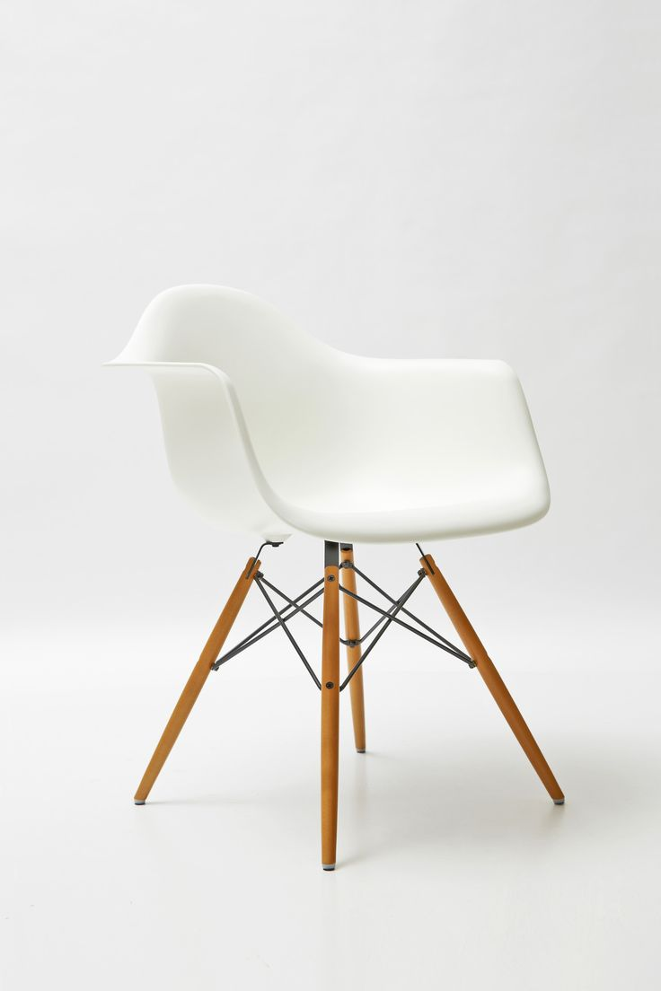 Schaukelstuhl swing insp eames rocking chair rar ahorn -  Chair Eames Classic Design Italia