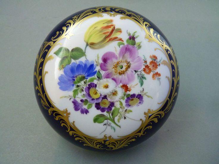 NP 1.034,-€ Dose Deckeldose Bonbonniere Blumenbukett kobaltblau 1.Wahl Meissen in Antiquitäten & Kunst, Porzellan & Keramik, Porzellan | eBay