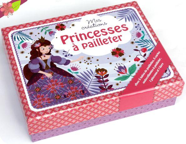 Coffret mes créations - Princesses à pailleter Illustrations : Sophie Rohrbach Publié en 2015 par les éditions Gründ Jeunesse