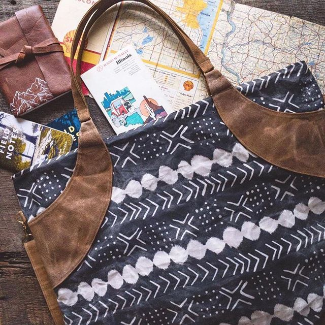 Adventure bag = packed and ready! I love this shot from @burstintobloomco of a Dear Summit journal along with one of the stunning bags she makes by hand! Just look at that gorgeous waxed canvas! 😍 Be sure to check out her amazing work @burstintobloomco PS- did you catch the announcement in my last post? 20% of all sales through September 7 are going to help victims of Hurricane Harvey via the Samaritan's Purse Disaster Relief Team. Get some great adventure gear, and make an impact for good…