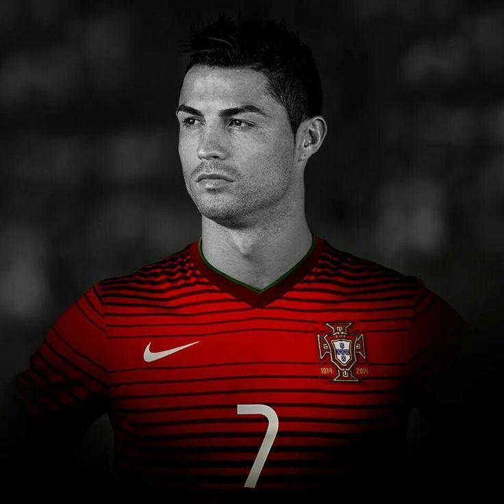 Cristiano Ronaldo Portugal's Team Captain for FIFA 2K14!
