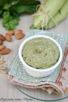 Pesto di zucchine,delicato condimento per pasta o bruschette