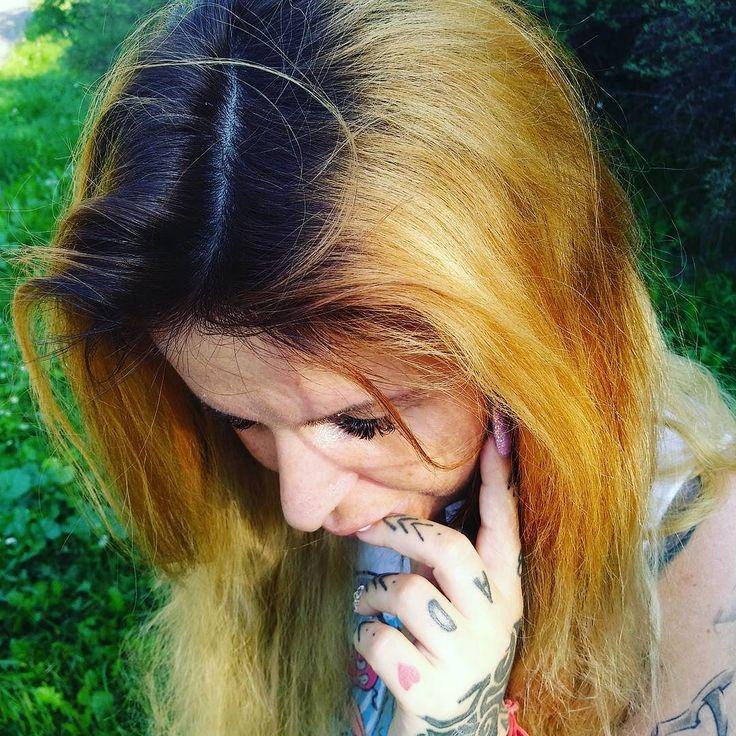 Refleksji ie #polishgirl #girltattoo #girl #tattoo #beautiful #selfiequeen #selfie #fashionaddict #fashion #style #instagramers #beauty #love #kiss #kiss #smile #polskiedziewczyny #zawszemodnie #markowo #warszawa #wieczorne #wariacje #model