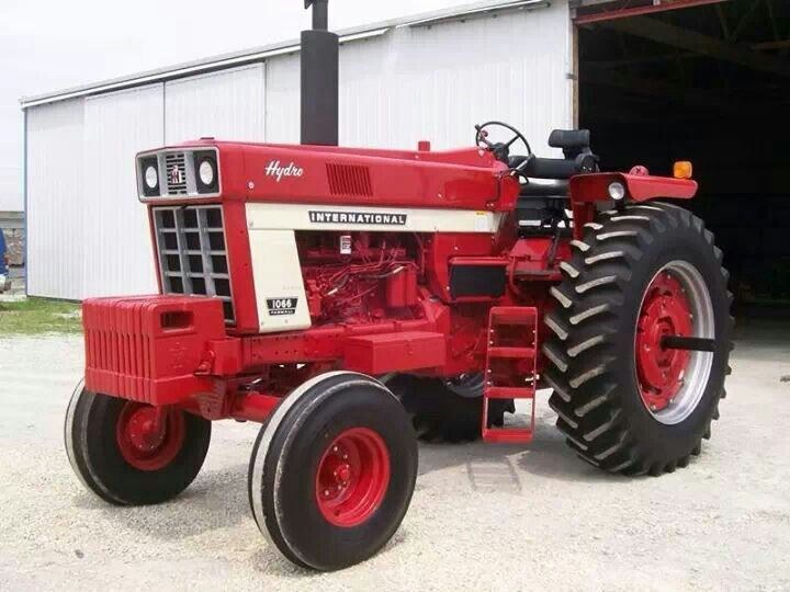 Farmall 1066 Tractor : Best images about ih series on pinterest tricycle