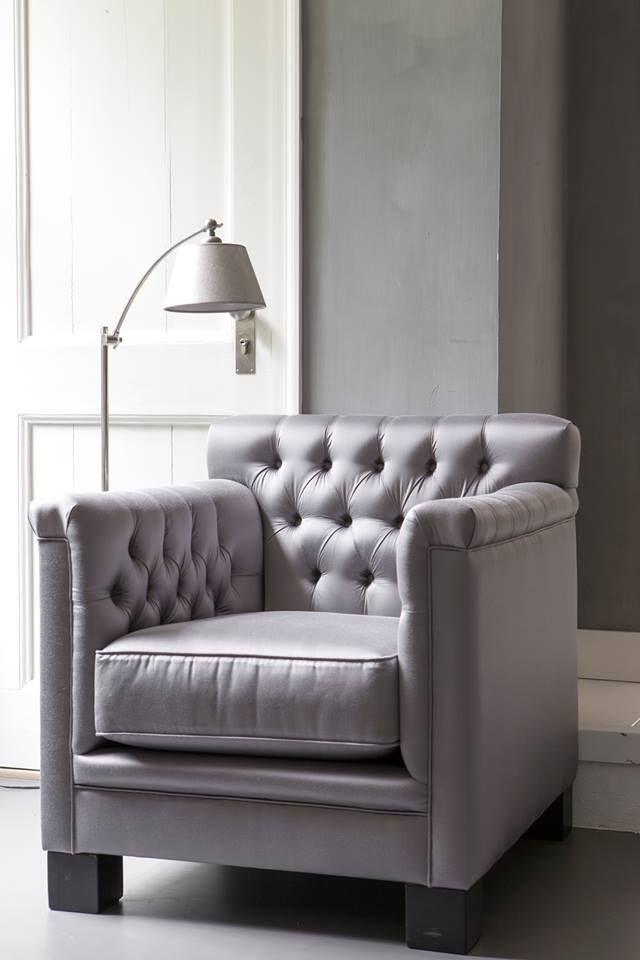 Violette Fauteuil Interiors DMF en lampvoet met kap van Duran Lighting and Interiors