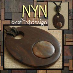 Fusta??? NO!!! Aquest collaret no és de fusta, tan sols és una tècnica que imita la fusta. Tot plegat és una il·lusió i aquesta és la seva gràcia. ___________________________________________ #wood #fusta #madera #creative #creatividad #collaret #collar #necklace #crafts #artesania #handmadejewelry #fetama #hechoamano #fashion #fashionista #moda #complementos #catalonia #catalunya #unique #piezasunicas #pecesuniques #design #disseny #diseño #minimalism #lleida #modern #casual #imagine