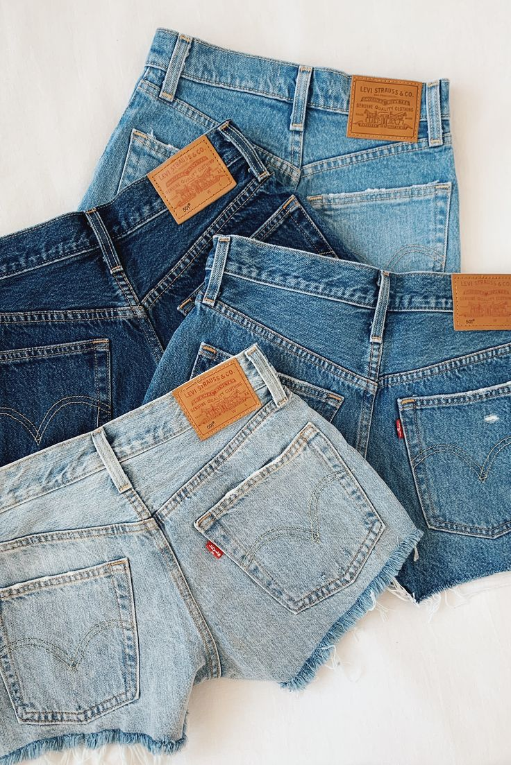 Build endless outfits around these classic 501 Levi's denim shorts.