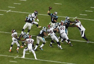 Twitter to live stream NFL Thursday night football games across the world for free