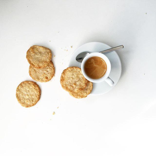 Buon Giorno ! #butfirstcoffee  #sicurini #sicurinicaffe #sicurinimobil #coffeeisalwaysagoodidea #caffe #espresso #buongiorno #goodmorning #gutenmorgen #coffeegram #coffeelovers #coffeelover #coffeeoftheday #coffeeshots #coffeetime #coffeebreak #baristadaily #timeforcoffee #podcult #instcoffee #igcoffee #peoplebrewcoffee #coffeeprops #coffeexample @thingsaboutcoffee #faemagram