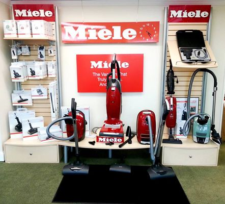 Finding A Good Vacuum Cleaner – Important Aspects To Consider  >>> The first thing that buyers need to decide about is the style of vacuum cleaner they want to purchase. Given below are the brief details of the most common styles of vacuum cleaners users can choose from.  #VacuumCleanersStore #Vienna, #VacuumCleaners, #Vacuums