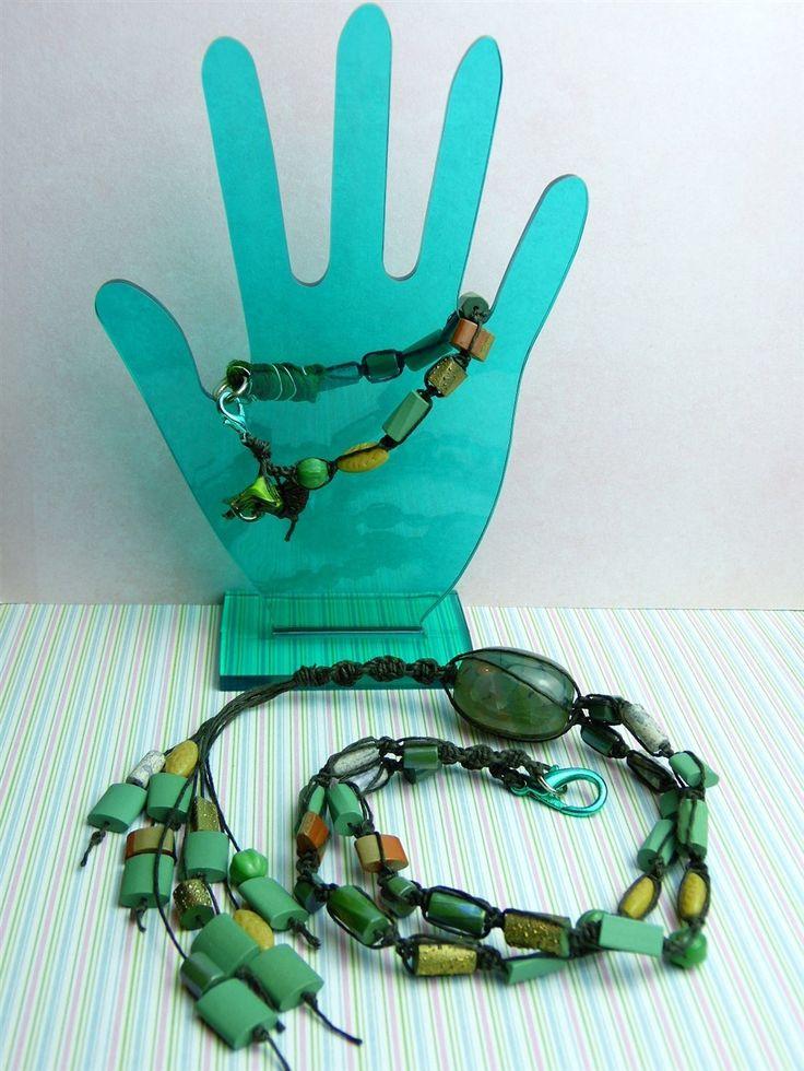 Sieraden set ketting en armband crackled agaat, keramiek, Tsjech glas, sari zijde en gewaxt Iers linnen via Birdie By AnneMary Westera