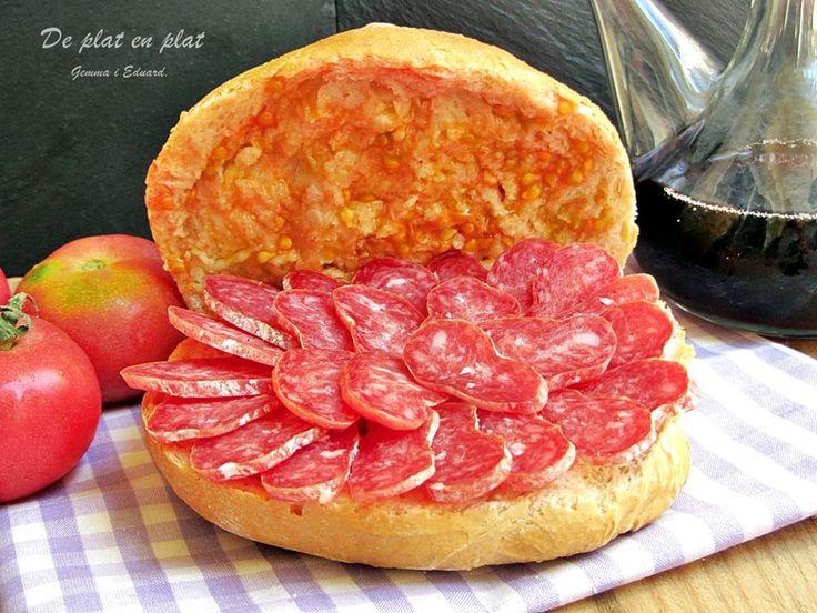 Pa amb tomaquet i fuet