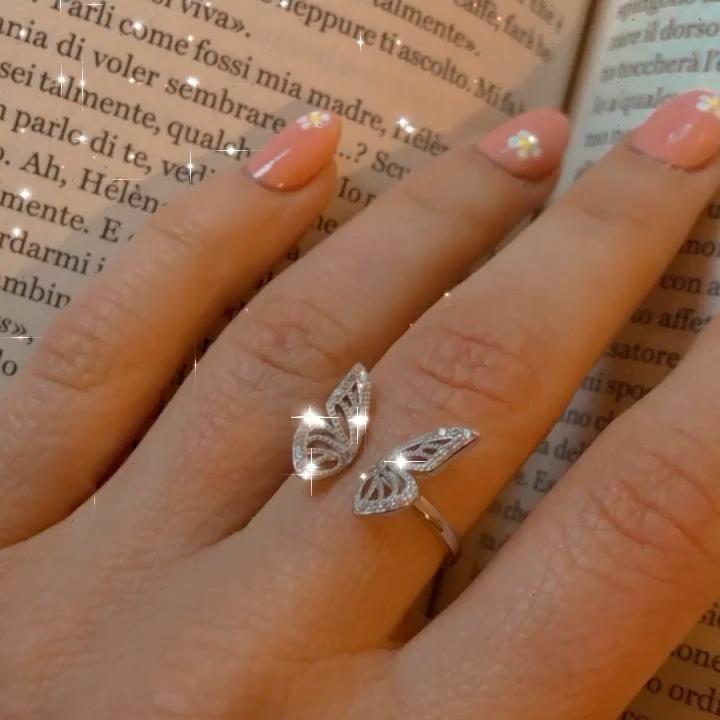 Stylish Jewelry, Simple Jewelry, Cute Jewelry, Stylish Rings, Luxury Jewelry, Hand Jewelry, Jewelry Rings, Jewelery, Fashion Rings