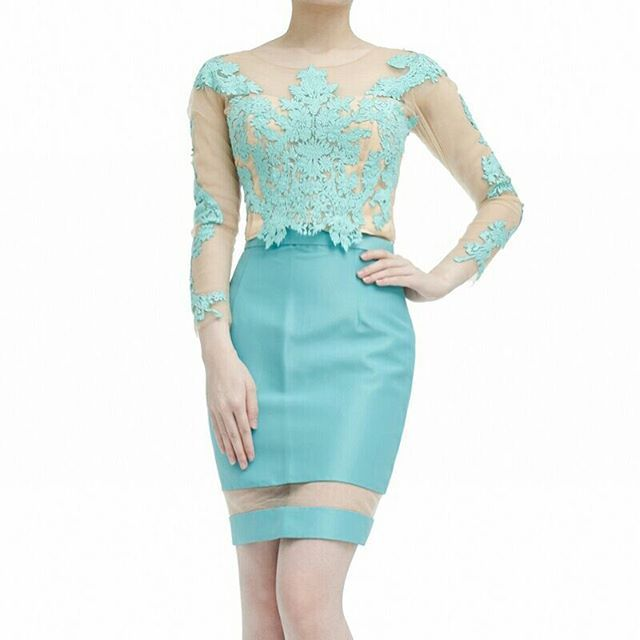 Grecian top in turquise with Translucent skirt in turquise