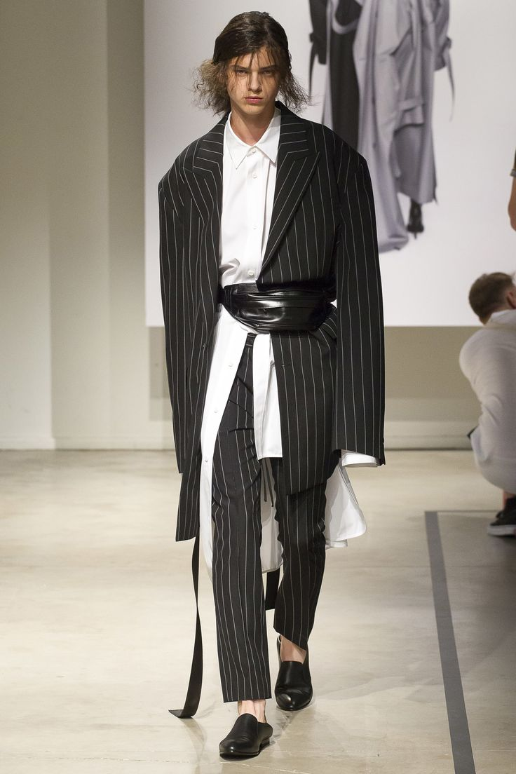 Juun J Spring 2018 Menswear Fashion Show Design Och