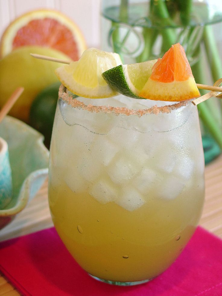 Gingerbcoconut lime margarita