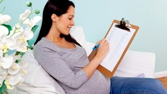 Même si votre bébé est un tout petit être humain, il vous faudra prévoir un certain nombre d'article