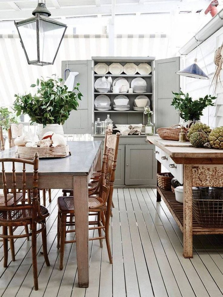 Check how this contemporary kitchen home design ideas to get the perfect kitchen contemporary lighting to have as home decor inspiration!