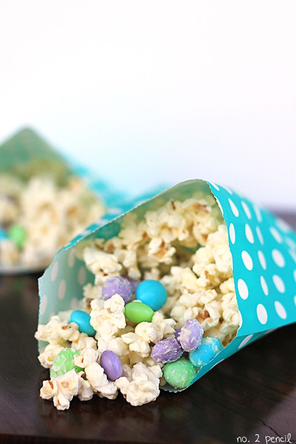 White Chocolate Popcorn Munch and a Little Mermaid Movie Night - No. 2 Pencil