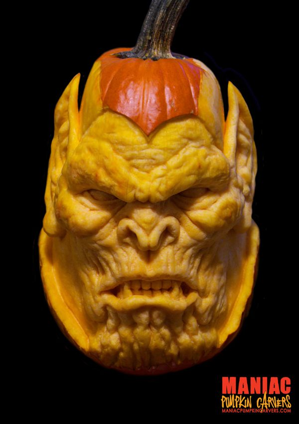 Meet the Maniac Pumpkin Carvers!