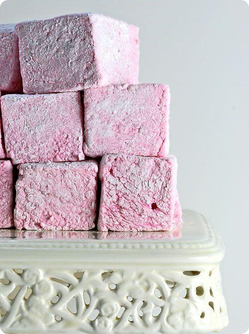 DIY Strawberry Marshmallows