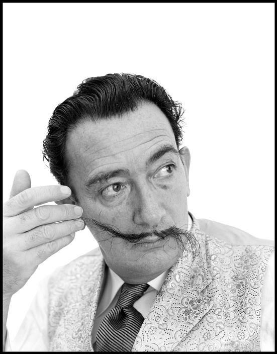 SALVADOR DALI....1954.....NEW YORK.....PHOTO BY PHILIPPE HALSMAN........ON MAGNUM PHOTOS