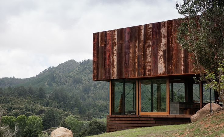 New Zealand's 'Home of the Year' award is the much-anticipated annual exposé of some of the country's best new residential architecture. This year's winner is a small rural house on the Coromandel Peninsula designed by Herbst Architects. The K Valley ...