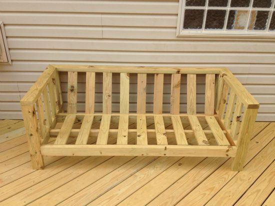 DIY patio furniture couch - ruggedtimes