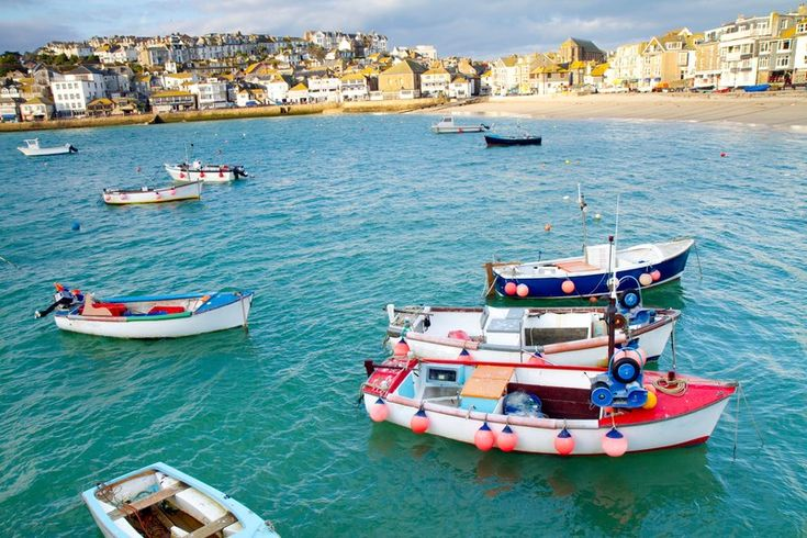 This is the quintessential British seaside town of St. Ives. From striped deck chairs lined up on Porthminster Beach, to traditional tearooms like Olive's Cafe serving up delicious Cornish cream teas, St. Ives is a great place to come for some good old fashioned family fun. Culture fans can also add a dash of art to their holiday at Tate St. Ives: