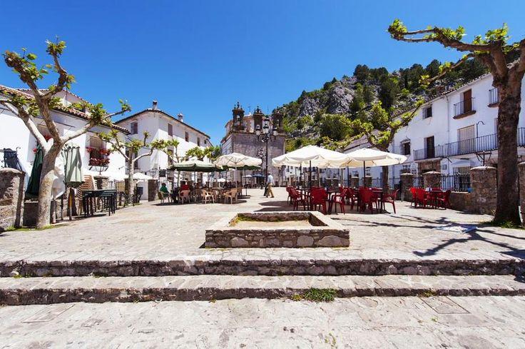 Rincones de Andalucía: Grazalema (Cádiz) / Places of Andalusia: Grazalema (Cádiz), by @cadiz_turismo